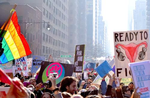 Pasemos página: hacer feminismo(s) en la actualidad