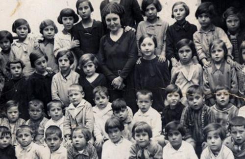 Les mestres: el llegat en l'educació